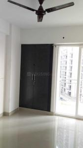Gallery Cover Image of 1740 Sq.ft 3 BHK Apartment for rent in Noida Extension for 25000