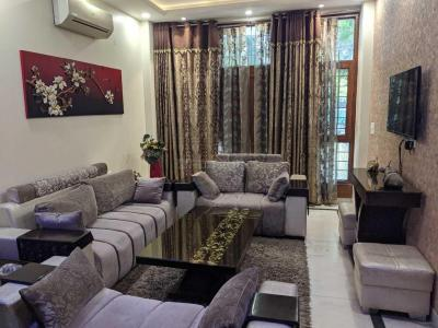 Gallery Cover Image of 2000 Sq.ft 3 BHK Independent Floor for buy in East of Kailash Block D RWA, East Of Kailash for 31000000