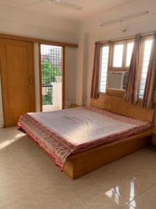 Gallery Cover Image of 1500 Sq.ft 2 BHK Apartment for rent in Memnagar for 30000
