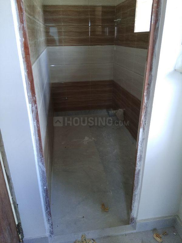 Common Bathroom Image of 410 Sq.ft 1 RK Apartment for buy in Bramhapur for 1250000