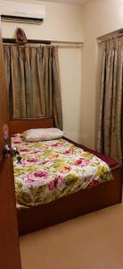Gallery Cover Image of 750 Sq.ft 1 BHK Apartment for rent in Wadala for 50000