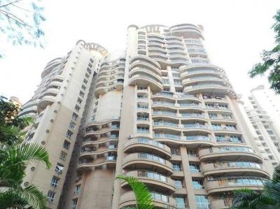Gallery Cover Image of 1335 Sq.ft 3 BHK Apartment for buy in Powai for 24500000