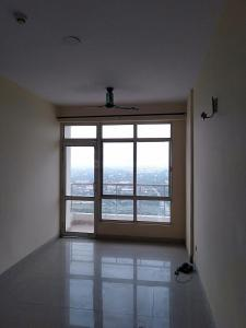 Gallery Cover Image of 1450 Sq.ft 3 BHK Apartment for rent in Omega II Greater Noida for 10000
