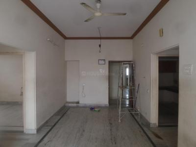 Gallery Cover Image of 1200 Sq.ft 3 BHK Apartment for rent in Qutub Shahi Tombs for 14000
