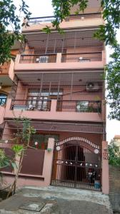Gallery Cover Image of 400 Sq.ft 1 RK Independent House for rent in Shakti Khand for 7500
