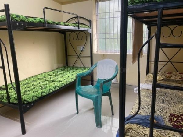 अन्ना नगर वेस्ट में एमएस अकॉमोडेशन के बेडरूम की तस्वीर