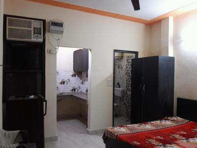 Gallery Cover Image of 250 Sq.ft 1 RK Apartment for rent in DLF Phase 3 for 9500