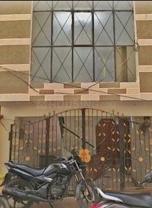 Gallery Cover Image of 1070 Sq.ft 1 BHK Apartment for buy in Bapu nagar for 8000000