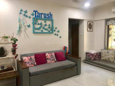 Gallery Cover Image of 610 Sq.ft 1 BHK Apartment for rent in Santacruz East for 40000