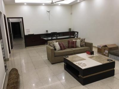 Gallery Cover Image of 4500 Sq.ft 3 BHK Independent Floor for rent in  RWA Greater Kailash 1 Block S, Greater Kailash I for 120000
