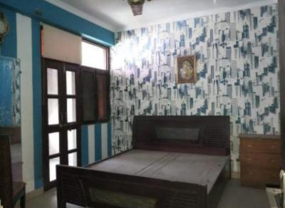 Gallery Cover Image of 2100 Sq.ft 3 BHK Apartment for rent in Skytech Magadh, Vaishali for 25000