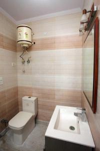 Bathroom Image of North Campus Girls PG in Kalyan Vihar