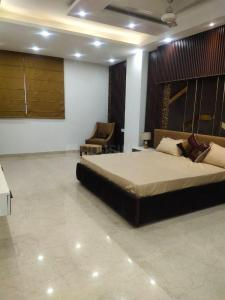 Gallery Cover Image of 2800 Sq.ft 3 BHK Independent Floor for buy in DLF Phase 2 for 19000000