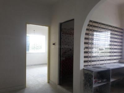 Gallery Cover Image of 620 Sq.ft 2 BHK Apartment for rent in Behala for 7000