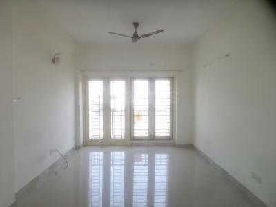 Gallery Cover Image of 1290 Sq.ft 2 BHK Apartment for rent in Thoraipakkam for 18000