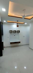 Gallery Cover Image of 540 Sq.ft 2 BHK Apartment for rent in Dwarka Mor for 11000