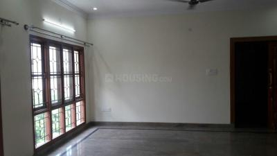 Gallery Cover Image of 900 Sq.ft 2 BHK Apartment for rent in Indira Nagar for 35000