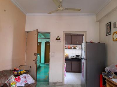 Gallery Cover Image of 950 Sq.ft 2 BHK Apartment for rent in Gwal Pahari for 16000
