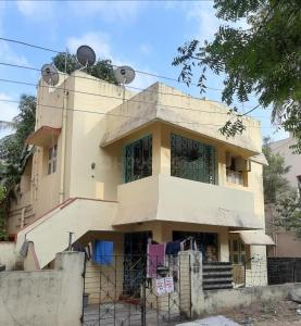 Gallery Cover Image of 3000 Sq.ft 4 BHK Independent House for buy in Virugambakkam for 26000000