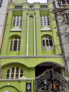 Gallery Cover Image of 1200 Sq.ft 3 BHK Independent House for rent in Indira Nagar for 36000