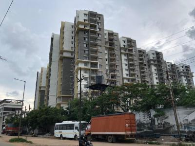 Gallery Cover Image of 1895 Sq.ft 3 BHK Apartment for buy in Kalpataru Residency, Erragadda for 15300000