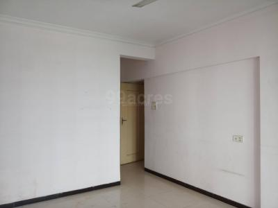 Gallery Cover Image of 1600 Sq.ft 3 BHK Apartment for rent in Malad East for 55000