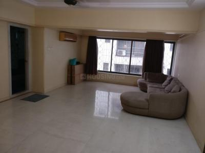 Gallery Cover Image of 2500 Sq.ft 3 BHK Apartment for rent in Juhu for 149000