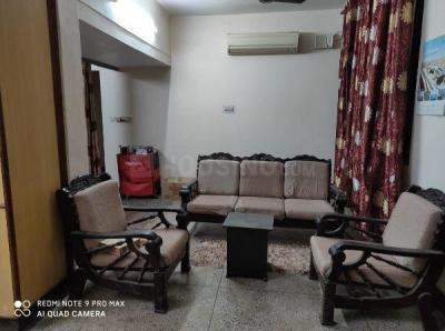 Gallery Cover Image of 1050 Sq.ft 2 BHK Apartment for rent in DDA Flats Mayur Vihar Phase 1, Mayur Vihar Phase 1 for 25000