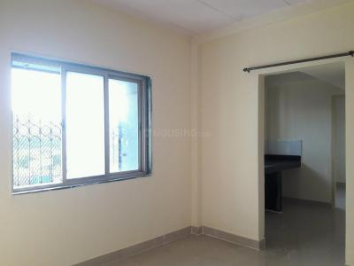 Gallery Cover Image of 410 Sq.ft 1 BHK Apartment for rent in Kandivali West for 15500