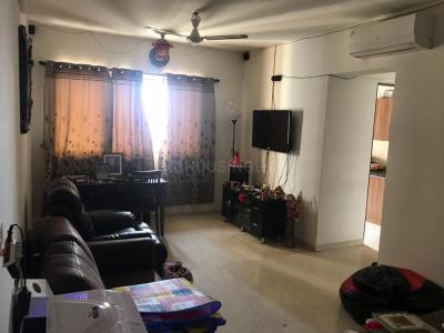 Gallery Cover Image of 950 Sq.ft 2 BHK Apartment for rent in Thane West for 19000