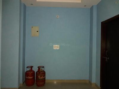 Gallery Cover Image of 900 Sq.ft 2 BHK Apartment for buy in Sector 105 for 2400000