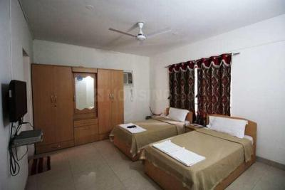 Gallery Cover Image of 1500 Sq.ft 3 BHK Apartment for rent in Cosmos, Magarpatta City for 35000