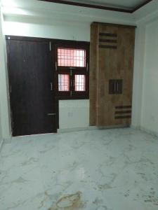 Gallery Cover Image of 990 Sq.ft 3 BHK Independent Floor for buy in Shahdara for 5200000
