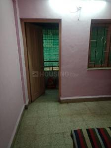 Gallery Cover Image of 600 Sq.ft 1 RK Independent House for rent in Ghorpadi for 7000