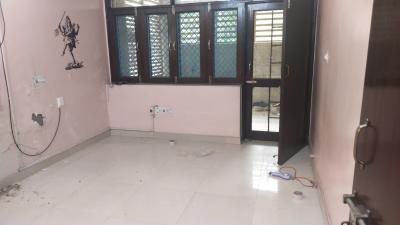 Gallery Cover Image of 2000 Sq.ft 3 BHK Apartment for rent in Dilshad Garden for 20000