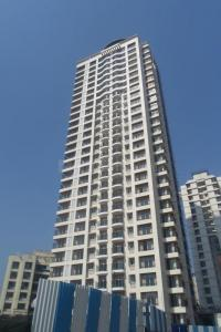 Gallery Cover Image of 1400 Sq.ft 3 BHK Apartment for rent in Thane West for 28000