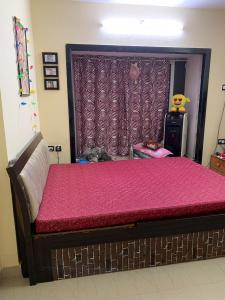 Gallery Cover Image of 750 Sq.ft 1 BHK Apartment for rent in Goregaon West for 35000