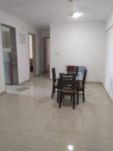 Gallery Cover Image of 1200 Sq.ft 3 BHK Apartment for rent in Sheth Vasant Oasis, Andheri East for 90000