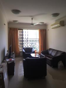 Gallery Cover Image of 1350 Sq.ft 3 BHK Apartment for rent in Govandi for 65000