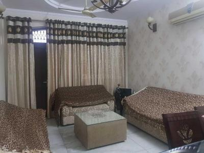 Gallery Cover Image of 1200 Sq.ft 2 BHK Independent Floor for rent in Rajouri Garden for 28000