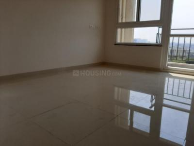 Gallery Cover Image of 1250 Sq.ft 2 BHK Apartment for rent in Cosmos, Magarpatta City for 24000