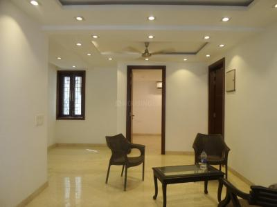 Gallery Cover Image of 2000 Sq.ft 4 BHK Apartment for rent in Sector A Pocket B&c, Vasant Kunj for 70000
