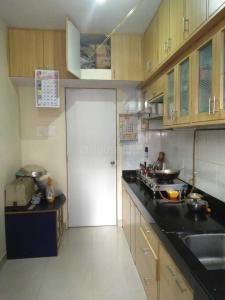 Gallery Cover Image of 605 Sq.ft 1 BHK Apartment for buy in Kabra Hyde Park, Thane West for 8500000