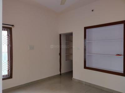 Gallery Cover Image of 1250 Sq.ft 3 BHK Independent Floor for rent in Koramangala for 35000