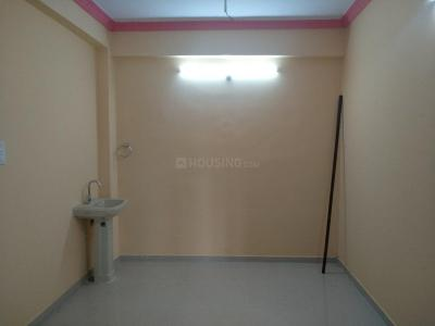 Gallery Cover Image of 850 Sq.ft 2 BHK Apartment for rent in Erragadda for 12000