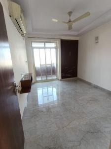 Gallery Cover Image of 1900 Sq.ft 3 BHK Apartment for rent in CGHS Jawahar Apartments, Sector 5 Dwarka for 42000