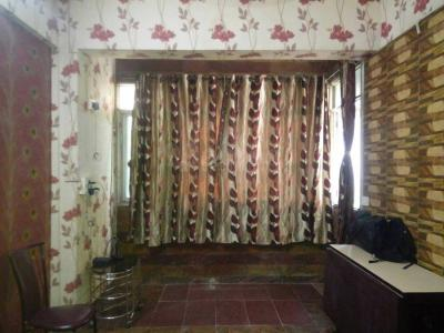Gallery Cover Image of 400 Sq.ft 1 BHK Apartment for rent in Dadar West for 40000