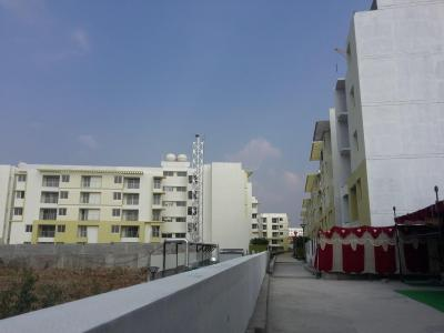 Gallery Cover Image of 1414 Sq.ft 3 BHK Apartment for rent in Harlur for 25000