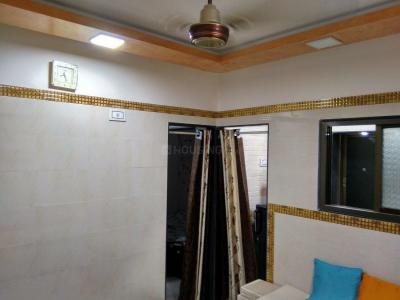Gallery Cover Image of 400 Sq.ft 1 BHK Apartment for rent in Lower Parel for 28000