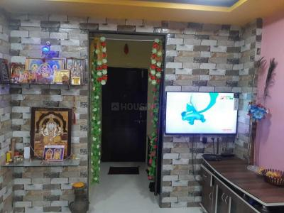 Gallery Cover Image of 750 Sq.ft 1 BHK Apartment for rent in Airoli for 27000